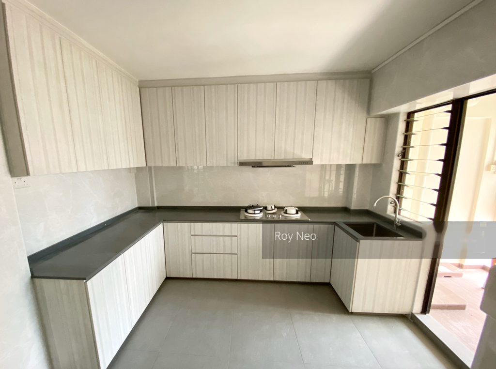 Blk 543 Serangoon North Avenue 3 (Serangoon), HDB Executive #257380131